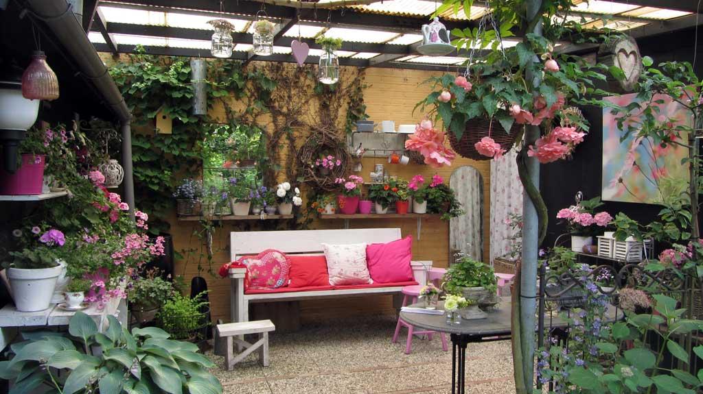 Verborgen tuinen t van straten rotterdam heijplaat for De tuinen rotterdam